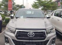 Cần bán xe Toyota Hilux 2.8 AT sản xuất năm 2019, màu bạc, nhập khẩu giá 878 triệu tại Hà Nội