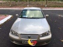 Cần bán lại xe Toyota Camry sản xuất 2000, màu bạc giá 210 triệu tại Cần Thơ