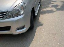 Cần bán Toyota Innova G 2010, màu bạc giá 348 triệu tại Đà Nẵng