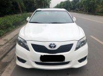 Cần bán Toyota Camry SE đời 2010, màu trắng, nhập khẩu nguyên chiếc, giá 755tr giá 755 triệu tại Hà Nội