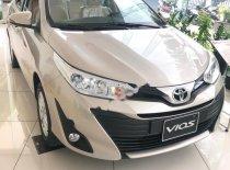 Bán Toyota Vios 1.5E CVT năm 2019, màu vàng, giá cạnh tranh giá 569 triệu tại Hà Nội