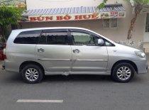 Cần bán Toyota Innova 2.0E 2014, màu bạc, chính chủ, 530tr giá 530 triệu tại Tp.HCM