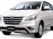 Bán ô tô Toyota Innova sản xuất 2015, màu bạc số tự động, giá 660tr giá 660 triệu tại Tp.HCM