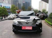 Cần bán Toyota Fortuner sản xuất năm 2014, màu đen giá 768 triệu tại Hà Nội