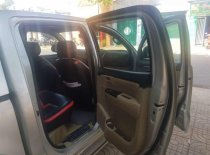 Cần bán gấp Toyota Hilux năm 2013, màu bạc, xe nhập giá 450 triệu tại Đắk Lắk