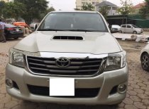 Cần bán Toyota Hilux 2014, máy dầu, số sàn, màu bạc, 2 cầu, nhập Thái Lan giá 536 triệu tại Tp.HCM