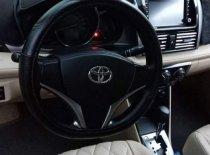 Bán lại xe Toyota Vios E đời 2017, màu vàng, nhập khẩu nguyên chiếc giá 500 triệu tại Bình Dương