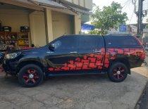 Bán xe Toyota Hilux G đời 2015, màu đen, giá 570tr giá 570 triệu tại Gia Lai