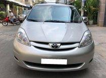 Đổi xe mới cần bán Sienna sx 2009, số tự động, bản LE, nhập Mỹ, màu bạc giá 515 triệu tại Tp.HCM