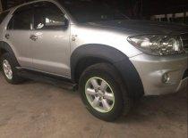 Bán Toyota Fortuner đời 2010, màu bạc giá 625 triệu tại Cần Thơ