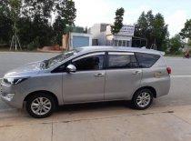 Cần bán xe Toyota Innova năm 2017, màu bạc giá 650 triệu tại Bình Dương