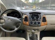 Chính chủ bán xe Toyota Innova G đời 2011, màu bạc giá 400 triệu tại Hà Nội