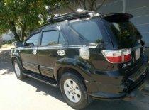 Cần bán gấp Toyota Fortuner năm 2011, màu đen còn mới, xe gia đình đang sử dụng giá 600 triệu tại Đà Nẵng