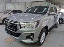 Cần bán xe Toyota Hilux 2.4G AT năm 2018, màu bạc, nhập khẩu, giá chỉ 695 triệu giá 695 triệu tại Hà Nội