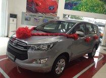 Bán Toyota Innova 2.0E số sàn đời 2019, màu bạc giá 696 triệu tại Tp.HCM