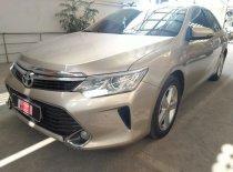 Bán Toyota Camry 2.5Q đời 2015, màu vàng giá 1 tỷ 30 tr tại Tp.HCM