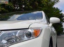 Cần bán xe Toyota Venza 2.7L đời 2009, màu trắng, nhập khẩu, 1 đời chủ giá 760 triệu tại Tp.HCM