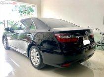 Bán lại xe Toyota Camry 2.0E năm 2016, màu đen, chính chủ giá 848 triệu tại Hà Nội