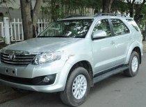 Cần bán lại xe Toyota Fortuner đời 2012, màu bạc xe gia đình, 620 triệu giá 620 triệu tại Kiên Giang