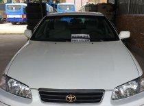 Bán Toyota Camry sản xuất 1999, màu trắng, măm đúc nỉ giá 255 triệu tại Tiền Giang