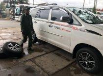 Cần bán Toyota Innova sản xuất 2006, màu trắng, xe mua về chỉ đổ xăng là chạy giá 260 triệu tại Lâm Đồng