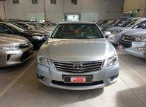 Cần bán xe Toyota Camry 2.4G đời 2010, màu bạc, mới đi 53.000 km giá 670 triệu tại Tp.HCM