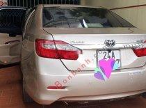 Cần bán lại xe Toyota Camry 2.0E đời 2013 chính chủ, giá 680tr giá 680 triệu tại Lào Cai
