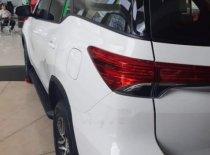 Bán Toyota Fortuner sản xuất năm 2019, màu trắng giá 1 tỷ 33 tr tại Cần Thơ