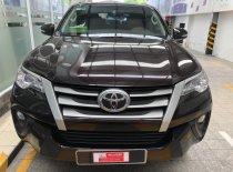 Bán xe Fortuner máy dầu 2017 màu nâu đẹp như mới đến từ chính hãng Toyota giá 1 tỷ 30 tr tại Tp.HCM