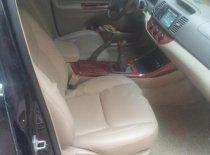 Cần bán lại xe Toyota Camry sản xuất 2002, màu đen, giá 245tr giá 245 triệu tại Hà Nội