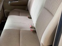 Bán Toyota Hilux năm 2011, màu bạc, nhập khẩu, số sàn giá 499 triệu tại Bình Dương