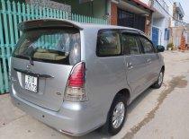 Gia đình bán xe Toyota Innova năm 2010, màu bạc, giá chỉ 415 triệu giá 415 triệu tại Bình Dương