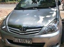 Gia đình bán Toyota Innova sản xuất 2010, màu bạc  giá 395 triệu tại Bình Dương
