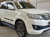 Bán xe Toyota Fortuner 2.7V TRD (4x2) đời 2015, màu trắng giá 850 triệu tại Tp.HCM