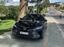 Bán Toyota Camry 2.5Q sản xuất 2019, màu đen, chính chủ giá 1 tỷ 350 tr tại Lâm Đồng