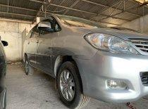 Cần bán xe Toyota Innova MT đời 2011, màu bạc giá 300 triệu tại Bình Thuận