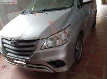 Bán ô tô Toyota Innova đời 2015, màu bạc chính chủ, giá tốt giá 560 triệu tại Thái Nguyên