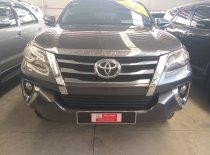 Cần bán lại xe Toyota Fortuner đời 2017, màu xám, nhập khẩu giá 1 tỷ 60 tr tại Tp.HCM