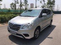 Cần bán lại xe Toyota Innova 2016, màu bạc xe gia đình giá 559 triệu tại Bắc Giang