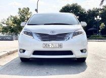 Bán Toyota Sienna Limited sản xuất 2015, màu trắng, nhập khẩu Mỹ giá 2 tỷ 930 tr tại Hà Nội