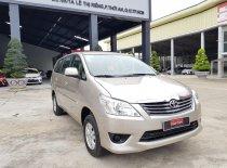 Cần bán xe Toyota Innova đời 2013, màu nâu, giá 380tr giá 380 triệu tại Tp.HCM