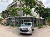 Cần bán Toyota Innova đời 2018, màu xám, xe gia đình, giá 665tr giá 665 triệu tại Thái Nguyên