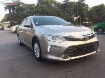 Cần bán gấp Toyota Camry 2.0E đời 2016 giá 820 triệu tại Hà Nội
