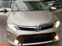 Cần bán gấp Toyota Camry 2.0E 2018, giá tốt giá 890 triệu tại Quảng Ninh