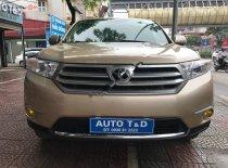 Cần bán lại xe Toyota Highlander LE 2011, nhập khẩu nguyên chiếc chính chủ giá 1 tỷ 75 tr tại Hà Nội