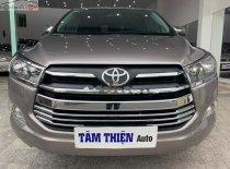 Cần bán Toyota Innova 2.0E 2017, màu xám xe còn mới nguyên giá 670 triệu tại Khánh Hòa