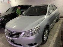 Cần bán gấp Toyota Camry 2.0  sản xuất 2010, màu bạc, nhập khẩu nguyên chiếc ít sử dụng giá 600 triệu tại Hà Nội