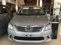 Cần bán lại xe Toyota Innova năm sản xuất 2013, màu bạc xe còn mới lắm giá 450 triệu tại Đắk Lắk