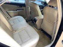 Cần bán lại xe Toyota Camry 2.0 đời 2018, màu đen, giá tốt giá 885 triệu tại Hà Nội