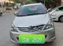 Cần bán gấp Toyota Innova đời 2009, màu bạc xe gia đình giá 355 triệu tại Thanh Hóa